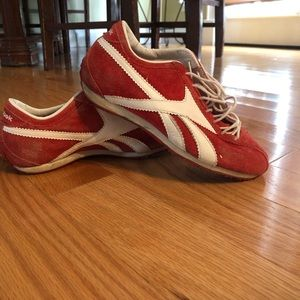 Reebok red shoes size 4
